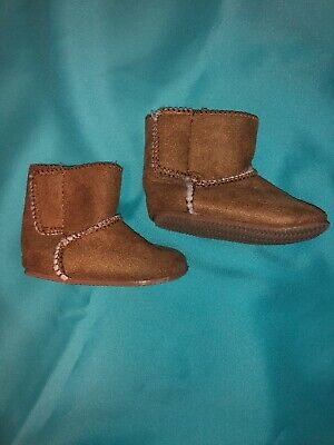Faux Suede Brown Boots Baby Girl Boy Fur Lined 0-3 Months Size 2