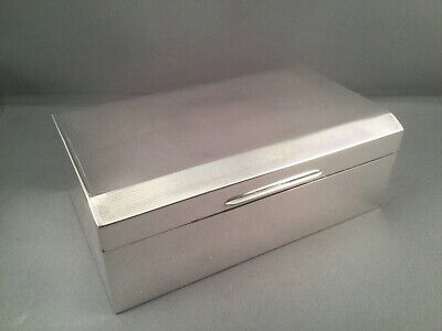 SOLID SILVER GEORGE V CIGARETTE/JEWELLERY BOX, Birm 1935, Kings Jubillee Year