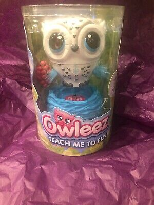 Owleez Interactive Flying Pet Toy Drone Helicopter - White - NEW