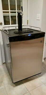 Danby Chill'n Tap Beer Keg Refrigerator. with Tank