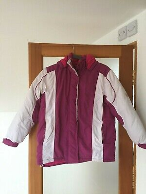 Girls ski jacket 152cm pink and white with detachable hood Age 8-10 years