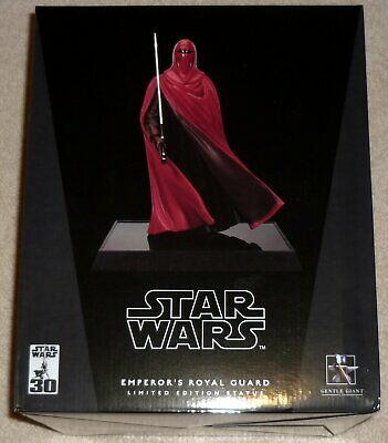 STAR WARS Gentle Giant Red Emperor Royal Guard Limited Edition 1/6 Scale Statue