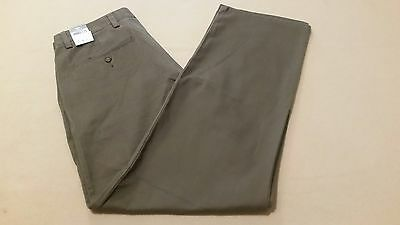 DOCKERS Mens Easy Khaki Flat Front D2 Straight Fit Pants 30x32  BROWN