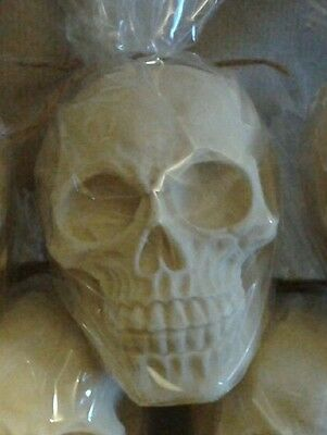 90-3612 2D SKULL CHOCOLATE MOULD
