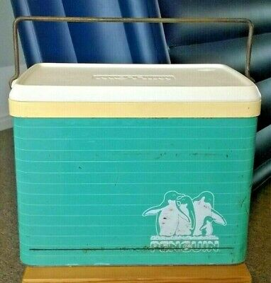 Willow Penguin Esky Vintage Cooler Box Green White Stripes Metal Outer Man Cave