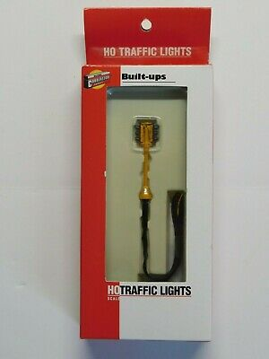 HO Scale Walthers Double Sided Traffic Light NIB #933-2301