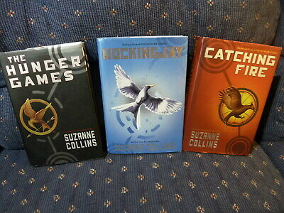 3ct Lot HC Suzanne Collins: The Hunger Games Trilogy, Catching Fire, Mockingjay
