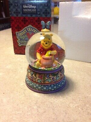 "Jim Shore Disney Traditions Snowglobe""Winnie the Pooh"""