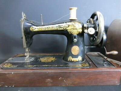 Singer Sewing Machine SINGER Hand-operated 1929 Made Antique Vintage Sherby