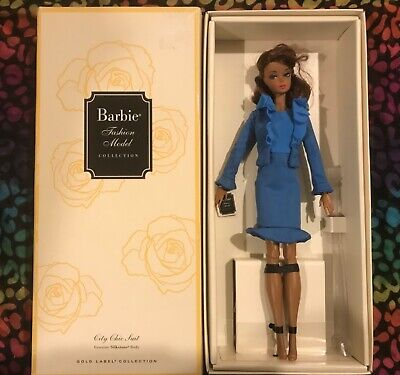 Barbie Fashion Model Gold Collection City Chic Suit Silkstone NEW #BX1
