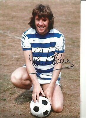 Stan Bowles 12X8 Signed Colour Photo Pictured In Qpr Kit Jm159
