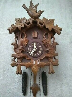 Black Forest Cuckoo Clock With Carved SQUIRRELS.  excellent Condition