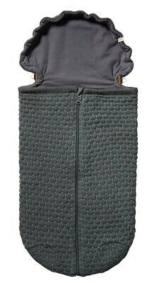 JOOLZ Essential Honeycomb Nest for Carseat Stroller Crib Unisex Gray