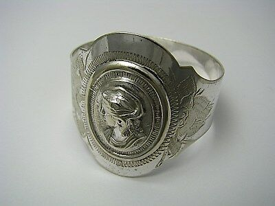 "SILVERPLATE SILVER PLATED NAPKIN RING MEDALLION PATTERN ""Maiden"" ca1870s No Mono"