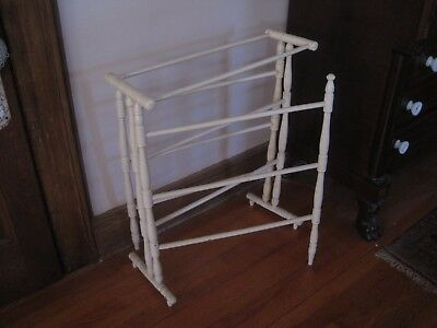 Antique Wood Quilt Rack Center Section & Two Outside Movable  Arms