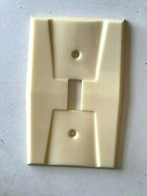 Vintage Homart Art Deco Wall Toggle Switch Plate Ivory
