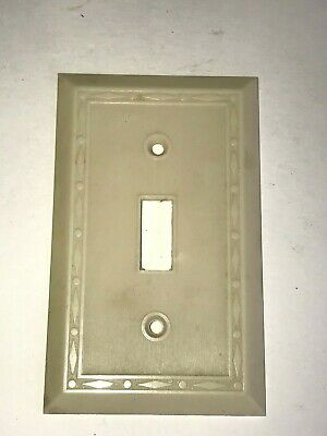 Vintage Ivory Art Deco Ribbed Bakelite Toggle Switch Cover Plate