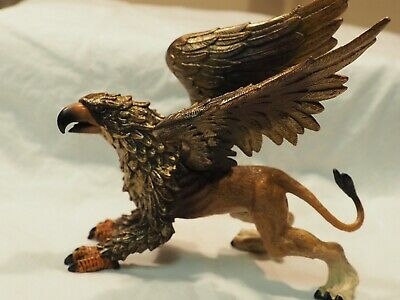 Safari 2007 Mythical Realms Griffin Fantasy Realistic Figure
