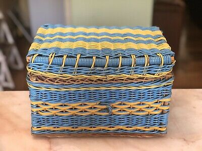 Very Cute! NANNAS VINTAGE SEWING CRAFT STORAGE WOVEN LINED BASKET