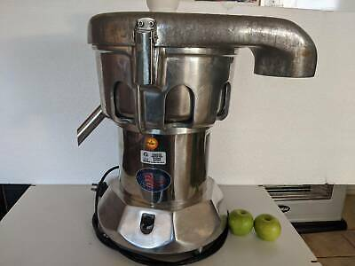 Nutrifaster Commercial Juicer Ruby 2000