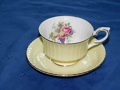 Royal Standard cup saucer England yellow ribbed scalloped flower inside gold tri
