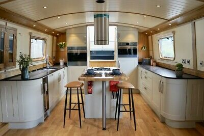 THE ABODE - a Luxurious and Stylish Live-aboard Widebeam Boat