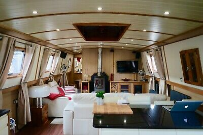 CHIANTI - a Luxurious and Stylish Live-aboard Widebeam Boat