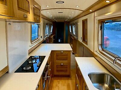 THE SHEARWATER - Brand New 60' Narrowboat Ideal as a Liveaboard