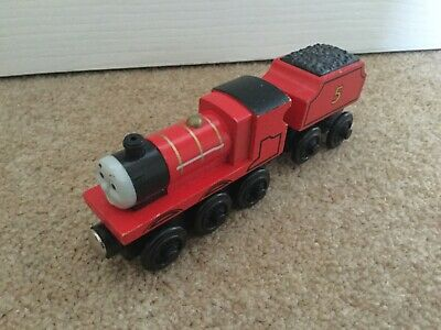 Thomas & Friends Wooden Train Engine James & Tender Magnetic