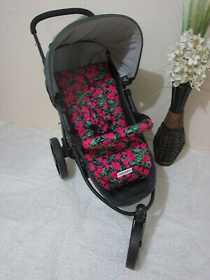 Handmade pram liner set-Hot pink tulips-100% cotton*Funky babyz