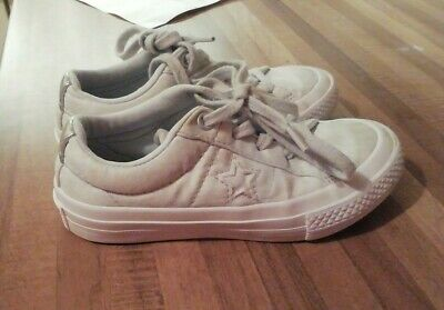 Converse infant girls shoes size 11