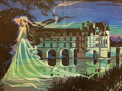 XL VINTAGE Unworked ETOILE TAPESTRY CANVAS France BLUE GHOSTLY WOMAN
