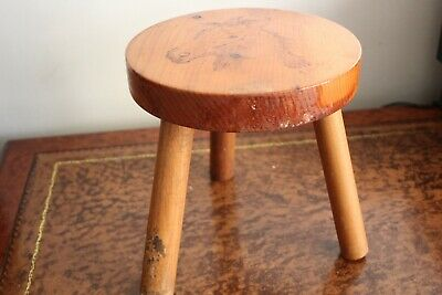 RUSTIC WOODEN STOOL 3 LEGS STOOL TRIPOD PLANT STAND with ENGRAVED HORSE SIGNED