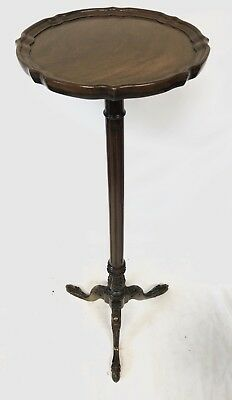 Antique Style Reprodux Bevan Funnell Mahogany Torchere Plant / Lamp Stand Table