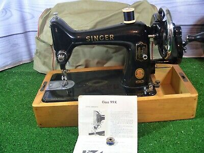 Vintage Hand Crank Singer Class 99K Sewing Machine **In Good Condition