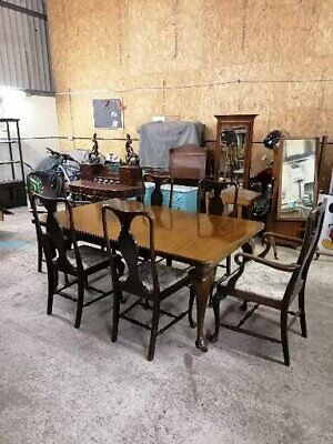 Victorian Mahogany wind out dining table and chairs