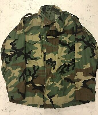 US Army Field Jacket Woodland Camo Size Medium Regular Coat Cold Weather NEW NOS