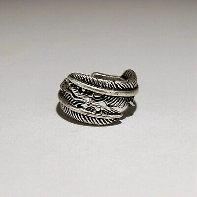 Collectable China Old Miao Silver Hand-Carved Pretty Feather Delicate Drcor Ring