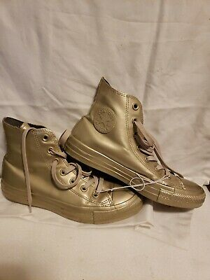 CONVERSE ALL STARS Gold CHUCK TAYLOR Size 8 Woman Water Repellent High Tops