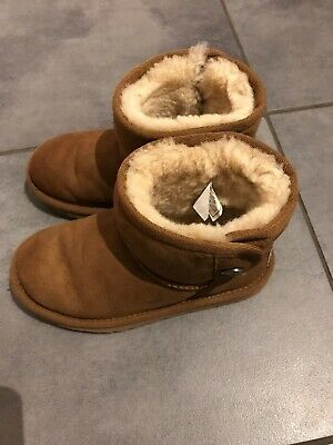 Girls Ugg Boots Size UK11 Some Wear And Tear But Lots Of Wear Left!