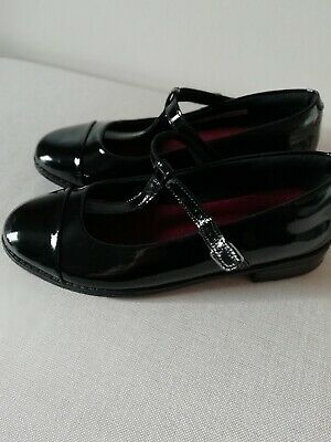 Clarks Girls School Shoes (Size 3.5F) - Drew Shine Patent Leather