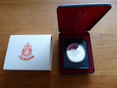 1976 CANADA Silver Dollar 100 YEAR LIBRARY PARLIAMENT Commemorative COIN