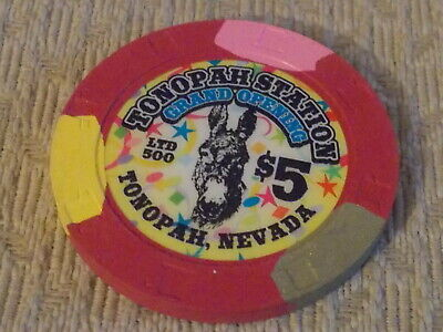 TONOPAH STATION HOTEL CASINO $5 casino gaming poker chip (LTD 500)  Tonopah, NV