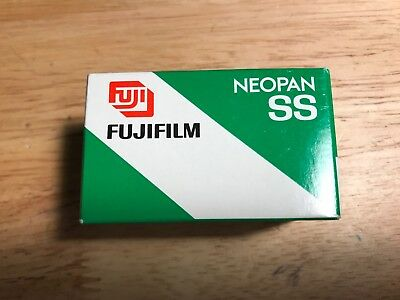 Fujifilm Neopan SS 100 ISO 36 Exposure B&W 35mm/135 Print Film - Expired