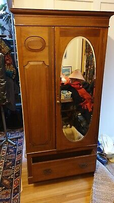 Beautiful Edwardian mahogany wardrobe with mirror and drawer