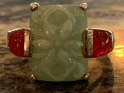 Beautiful Chinese Sterling Silver Ring with Jade & Carnelian Stones