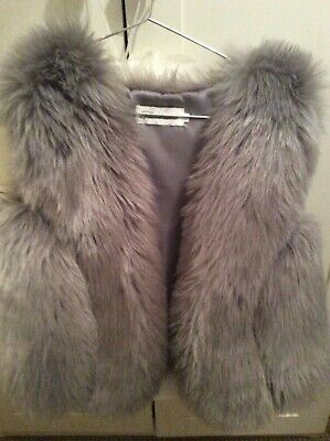 girls fux fur Gillet grey age. 5-6