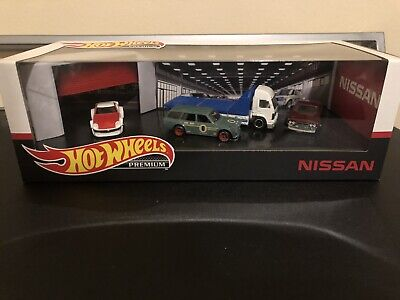 Hot Wheels 2020 Nissan Premium Collector Set 71 Datsun Wagon Walmart Exclusive
