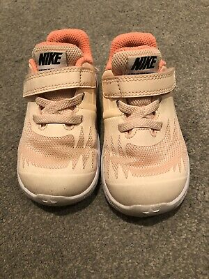 Toddler Girls Nike Trainers Infant Size 5.5