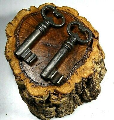 Antique Lot 2 French Key´s Made 18Th Century,Wrought Iron,Rustic,Hand Forged